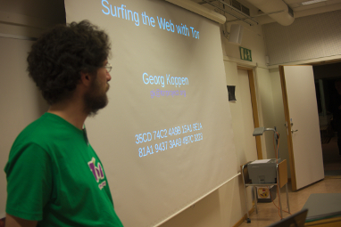 How to surf the web with TOR presentation at FSCONS